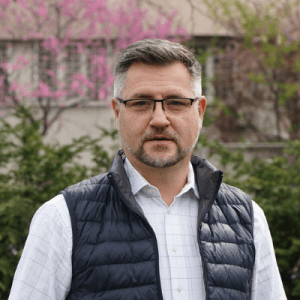 Dr. Dogariu Mircea
